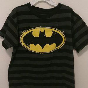 3/12🌸Boys Batman tee